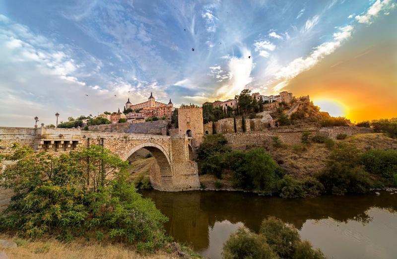 Atardecer en Toledo desde el puente de Alcántara