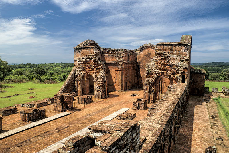 lugares turísticos de paraguay ruinas encarnacion jesuitas