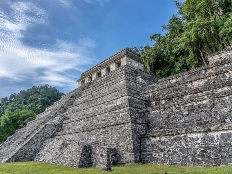 Practica Slow Travel en las ruinas de Guatemala
