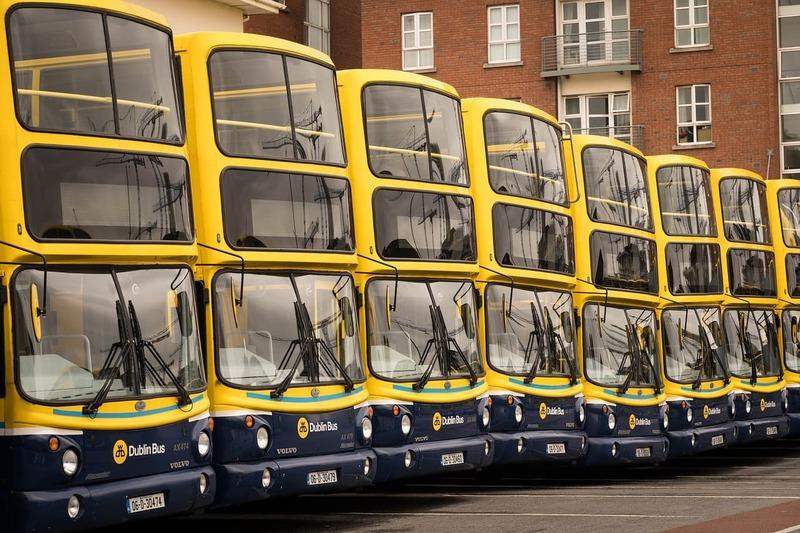Los conductores de autobus no devuelven el cambio en Dublín.