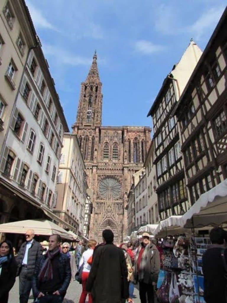 Paseas por las calles de Estrasburgo es una manera perfecta de hacer turismo